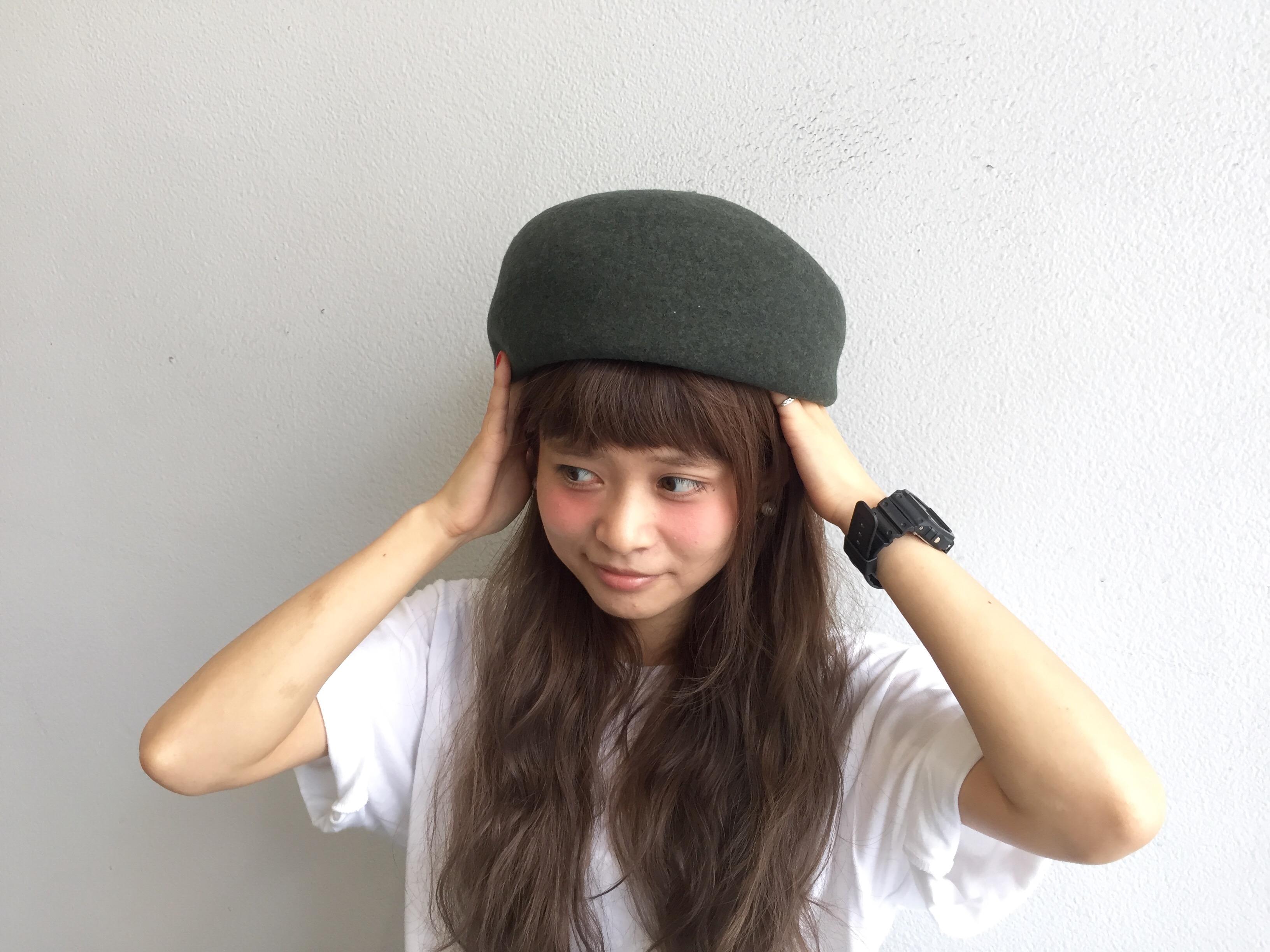 方 ベレー 帽 かぶり